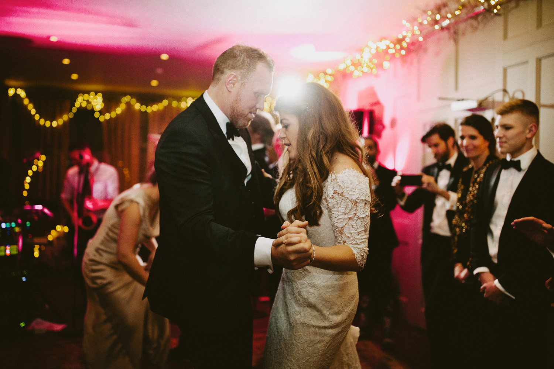 dancing at wedding at Barnsley house