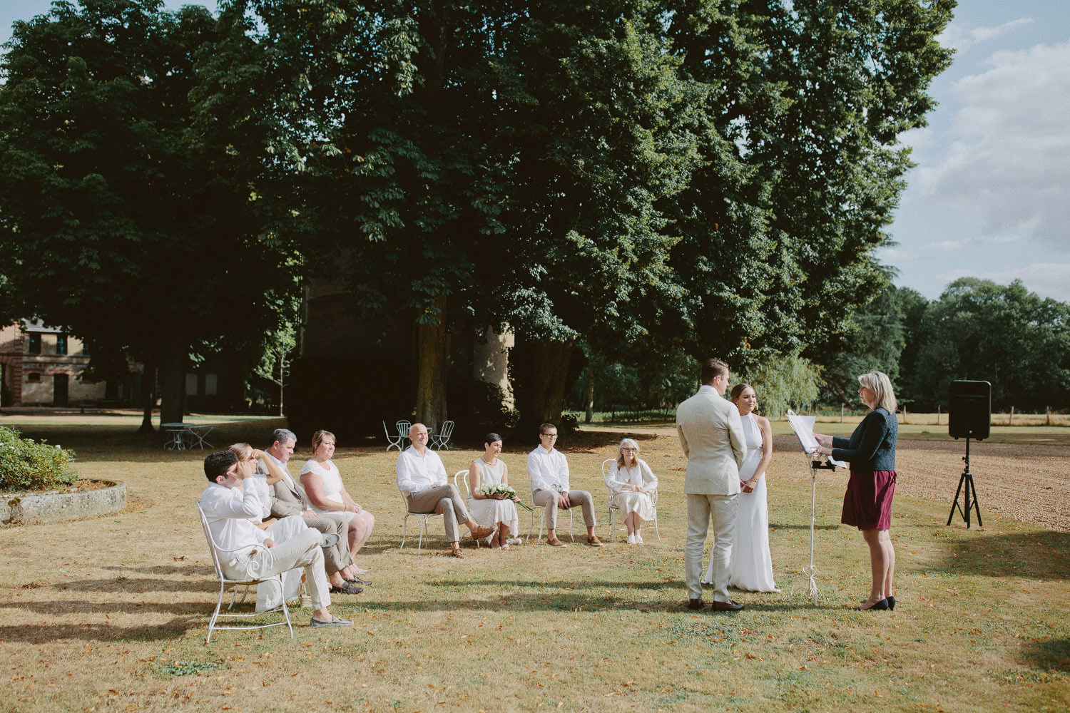 Outdoor wedding ceremony at Chateau de Bouthonvilliers